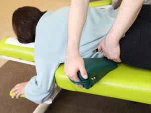 左京区で骨盤矯正施術