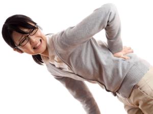 左京区で坐骨神経痛に悩む女性